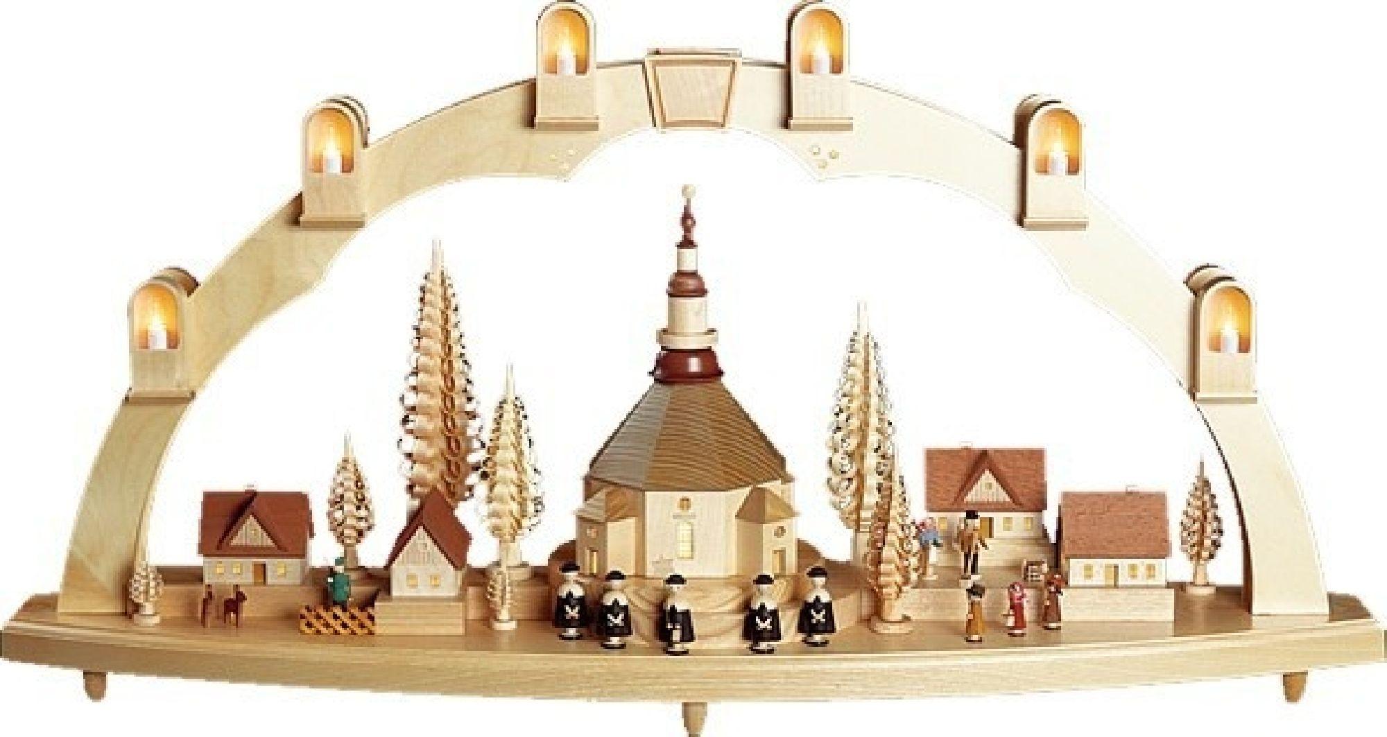 Seiffener Kirche mit Dorf